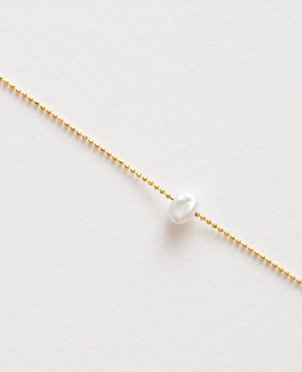 JOYCE BEAD PEARL NECKLACE IN GOLD1