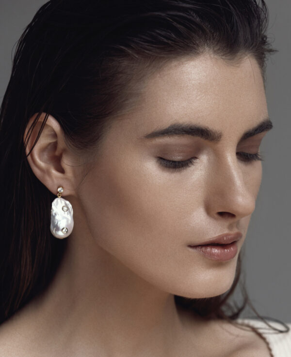 PHOEBE BAROQUE EARRINGS IN CULTURED PEARLS WITH 14K YELLOW GOLD2
