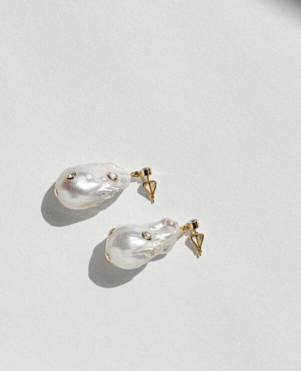 PHOEBE BAROQUE EARRINGS IN CULTURED PEARLS WITH 14K YELLOW GOLD4