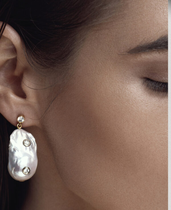 PHOEBE BAROQUE EARRINGS IN CULTURED PEARLS WITH 14K YELLOW GOLD5