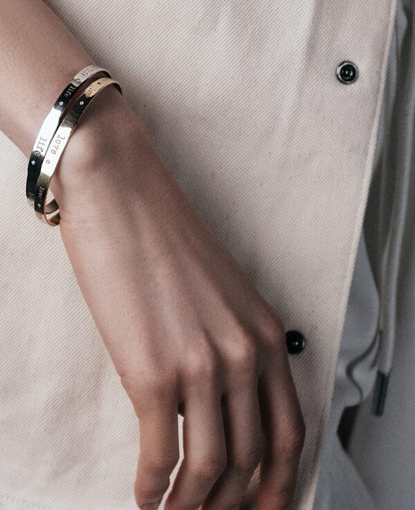 FRIDA LOVE 14 – KARAT YELLOW GOLD BRACELET WITH 11 DIAMONDS