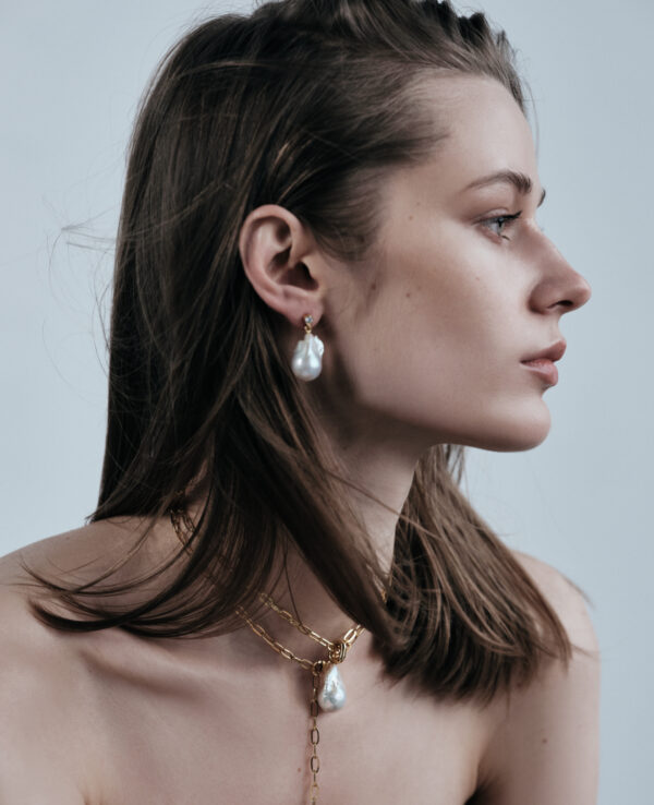 KATE BAROQUE EARRINGS IN CULTURED PEARLS WITH 14K YELLOW GOLD3